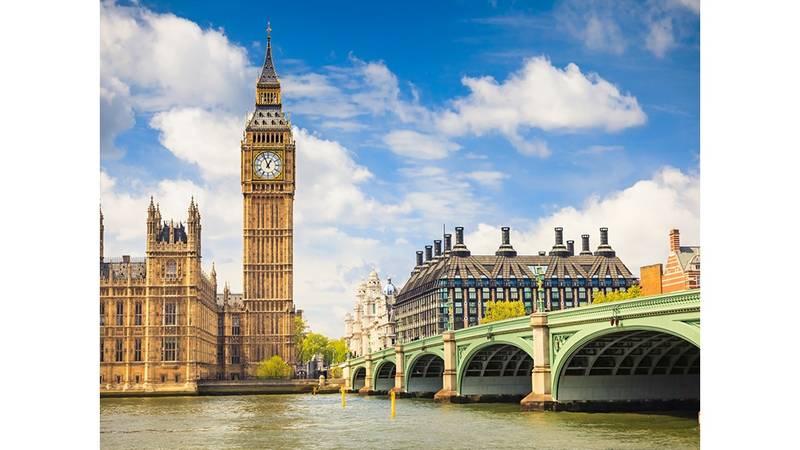 ساعة بيج بن دق جرسها لأول مرة قبل 158 عاما صحيفة الخليج