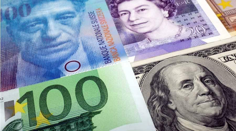 الدولار يهبط بعد تهدئة «الفيدرالي» والذهب يرتفع  image