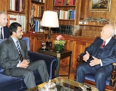 التقى رئيسها ووزير خارجيتها وشارك 95739.jpg