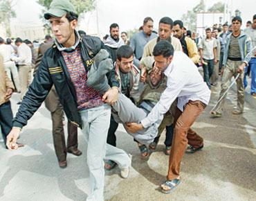 تظاهرات غضب في العراق و5 قتلى في كردستان
