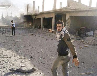 1000 مقاتل معارض يدخلون القصير . . والنظام يحشد