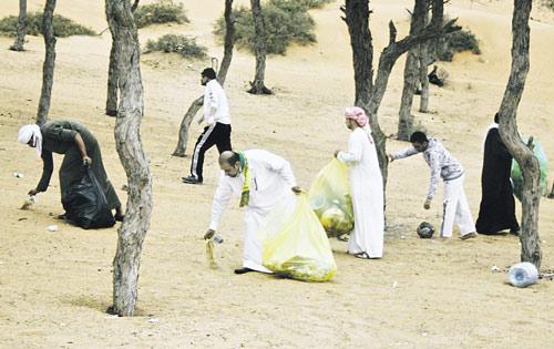 واوضح محمد عبدالله المحرزي مدير عام